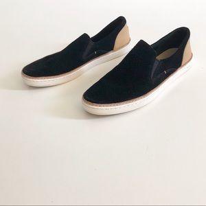 UGG Adley Black Perf Fashion Sneaker Size 8.5